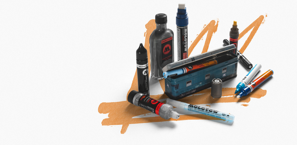 "<span style=""font-size: 28pt;"">Дарим пенал<br>Molotow</span><br>"